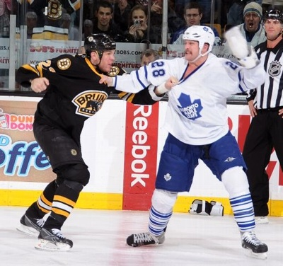 Shawn Thornton vs Colton Orr