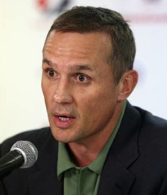 steve yzerman tampa bay lightning
